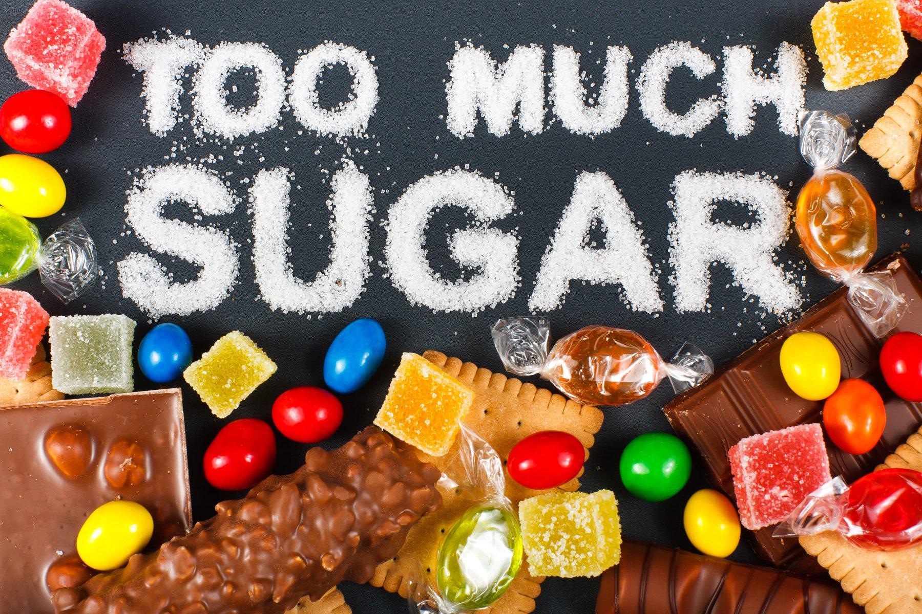 Đồ ngọt chính là một trong những thực phẩm hạn chế chiều cao ở trẻ