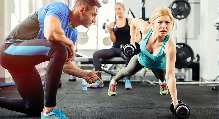 Tập thể dục cường độ quá cao ảnh hưởng đến sự rụng trứng khiến phụ nữ khó thụ thai
