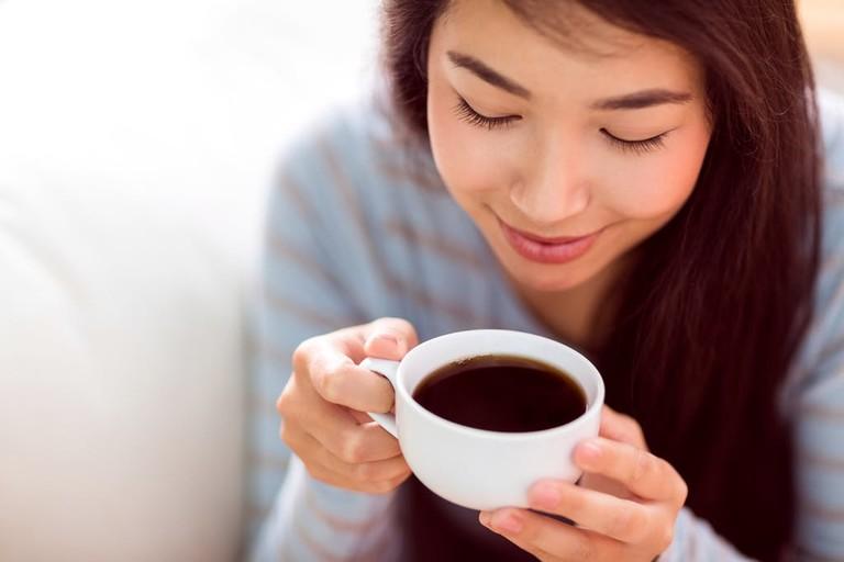 Bà bầu uống cafe