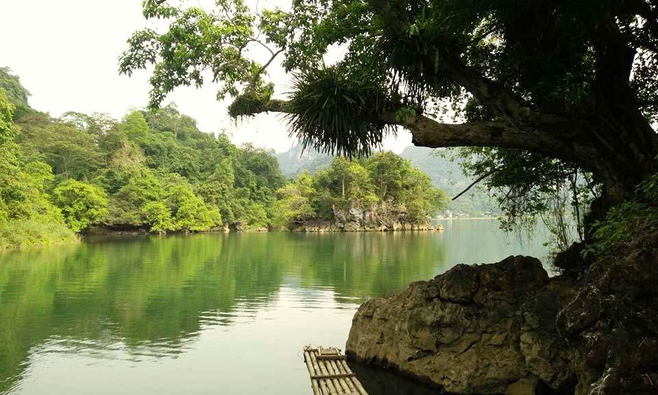 Hồ Ba Bể - Bắc Kạn