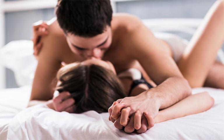 Sa tử cung có quan hệ