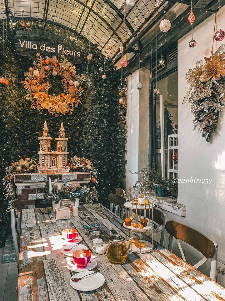 quán cafe decor Noel đẹp