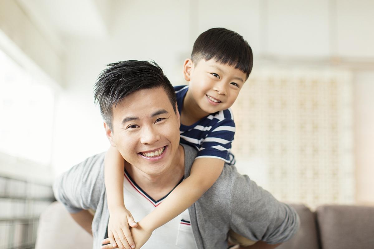 Cha mẹ hãy học ngay 9 mẹo dạy con để bé không bướng bỉnh