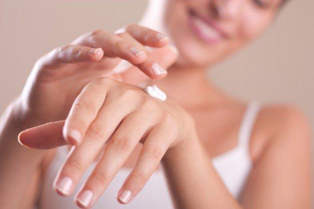 Bật mí cho chị em công thức dưỡng da tay để luôn mịn màng và mềm mại