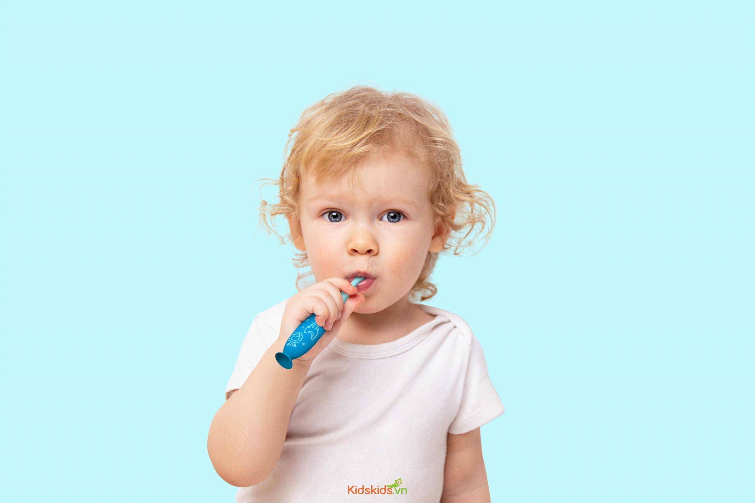 Những loại bàn chải đánh răng cho bé tốt nhất 2021