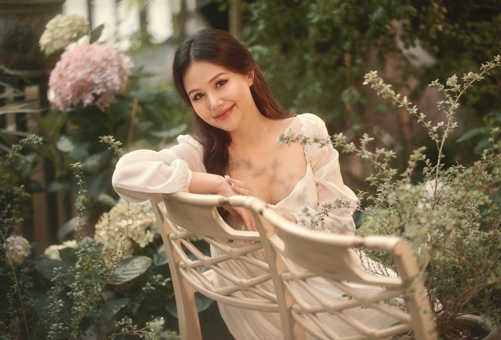Diễn viên Phương Anh Lê mang thai con đầu lòng, tung bộ ảnh đẹp mê mẩn
