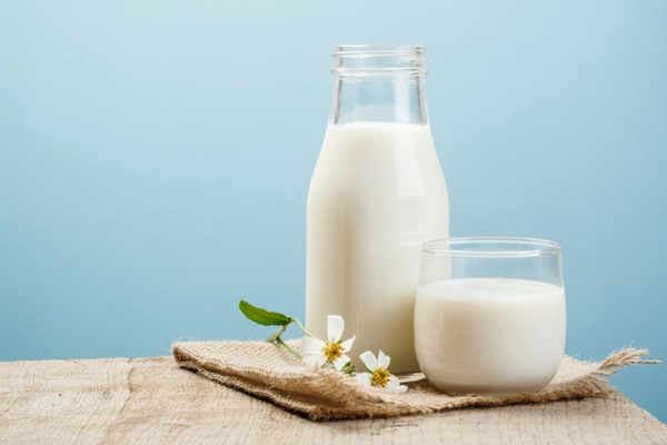 Cách làm sữa hạt sen đơn giản, dinh dưỡng tại nhà