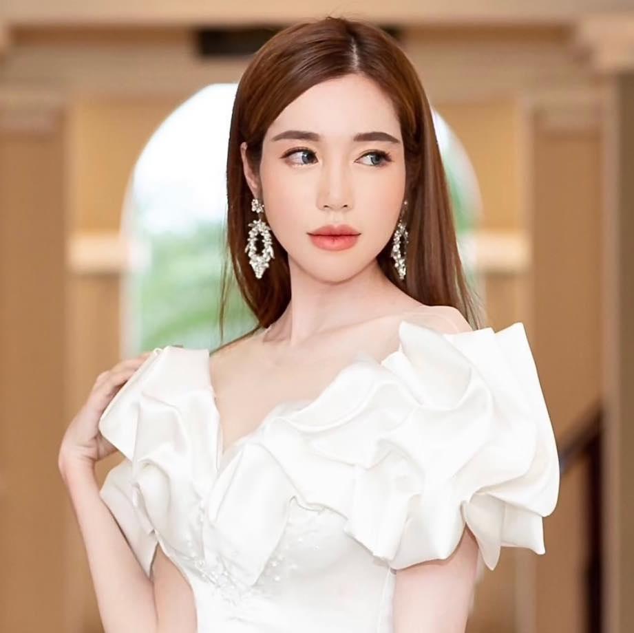 Elly Trần phê phán một bộ phận fan cuồng coi idol như cha như mẹ