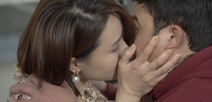 Hồng Diễm lần đầu hôn bạn diễn trong bộ phim Hướng dương ngược nắng