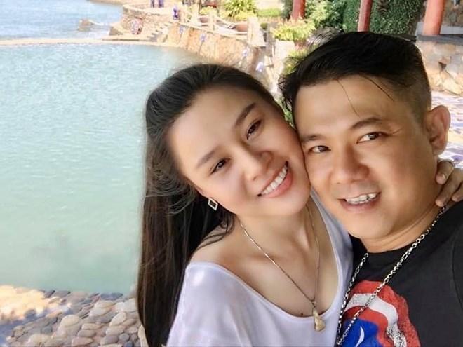 Vợ Vân Quang Long lên tiếng đáp trả nghi vấn bé Helen không phải con ruột cố nghệ sĩ