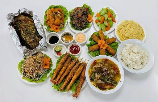 Mâm cơm 5 món chay, mặn ngày Giỗ Tổ Hùng Vương