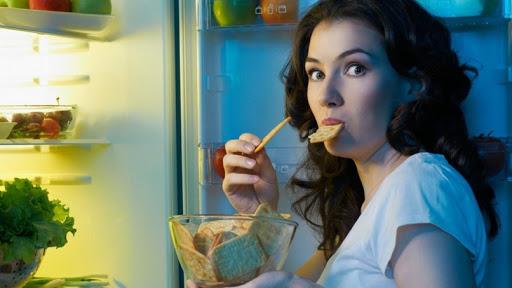 Những thói quen ăn uống sai lầm mà chúng ta thường mắc phải