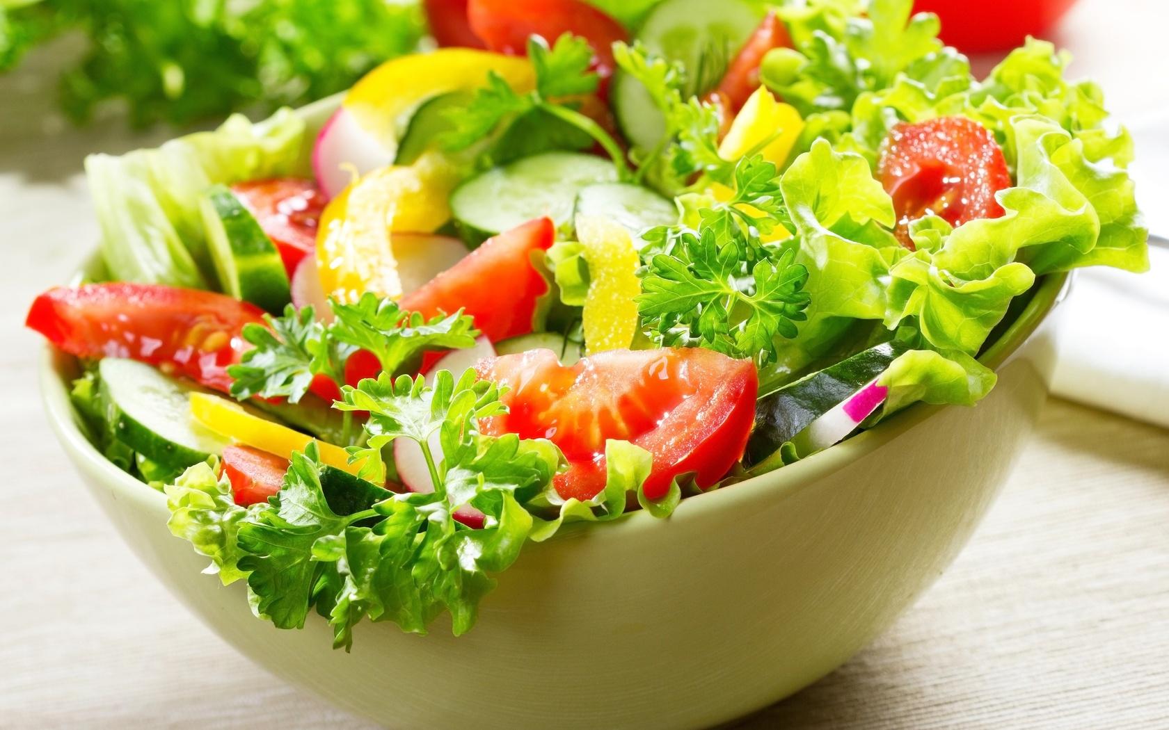 Công thức salad ăn kiêng hiệu quả dành cho hội chị em