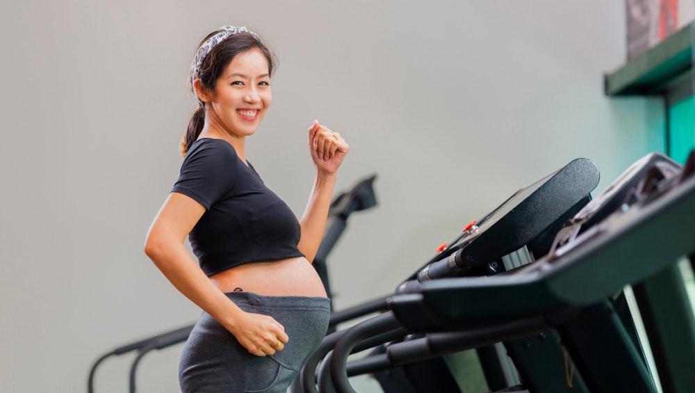 Bà bầu có nên tập Gym không? Tập Gym có gây hại đến em bé không?