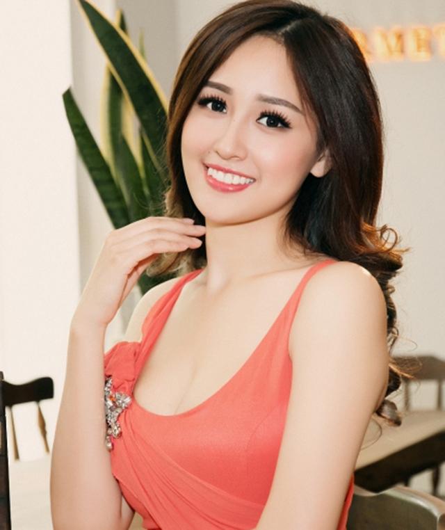 """Mai Phương Thuý thừa nhận """"Thỉnh thoảng bí quá tôi sẽ vay tiền bạn trai, bù bằng tình cảm"""""""