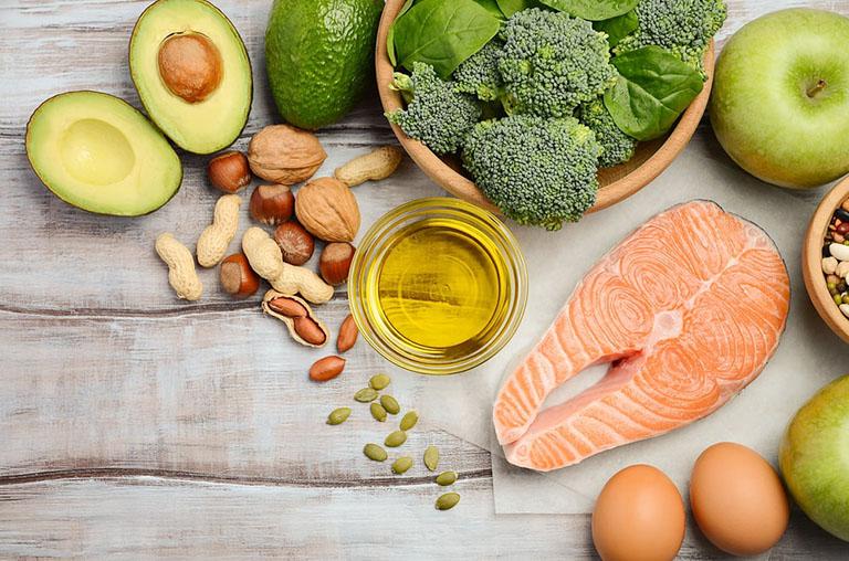 """Quy tắc dinh dưỡng để tăng cường sức đề kháng """"chiến đấu"""" với dịch Covid-19 hình 1"""