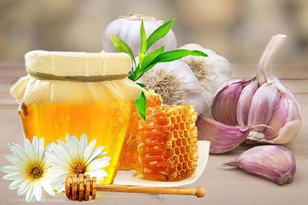 tỏi và mật ong