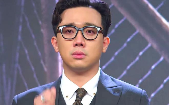 Tại Rap Việt mùa đầu tiên ông xã Hari Won bị tố làm lố, có phát ngôn không phù hợp