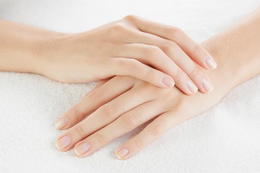 Để da tay mềm như da em bé, phải thuộc nằm lòng ngay 5 nguyên tắc