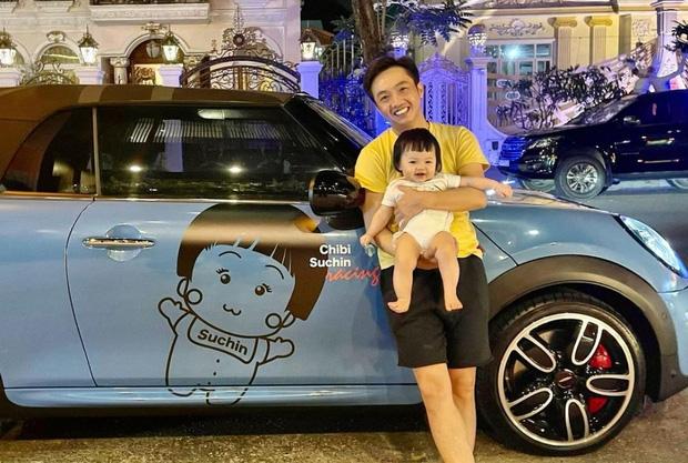 Cường Đô La bất ngờ khoe ảnh con gái Suchin cạnh phiên bản