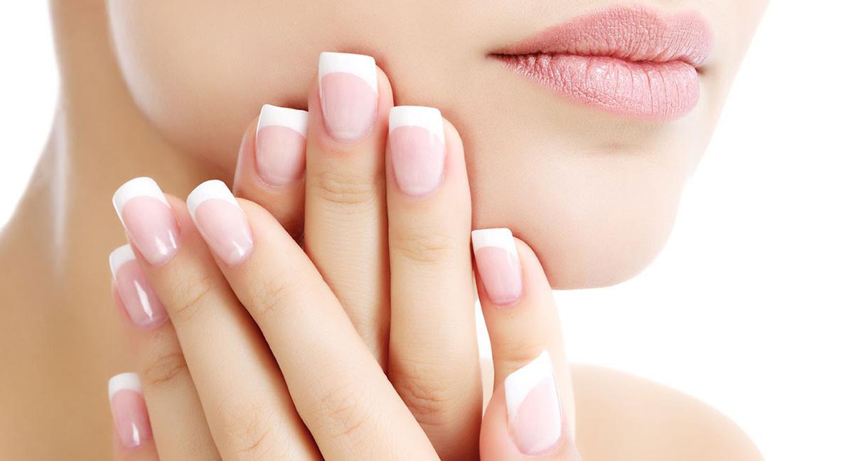 Để móng tay khỏe đẹp mê ly, áp dụng ngay cách dưỡng móng tay sau