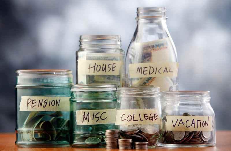 Quy tắc 6 chiếc lọ: Cách quản lý tiền thông minh giúp bạn không bao giờ cháy túi
