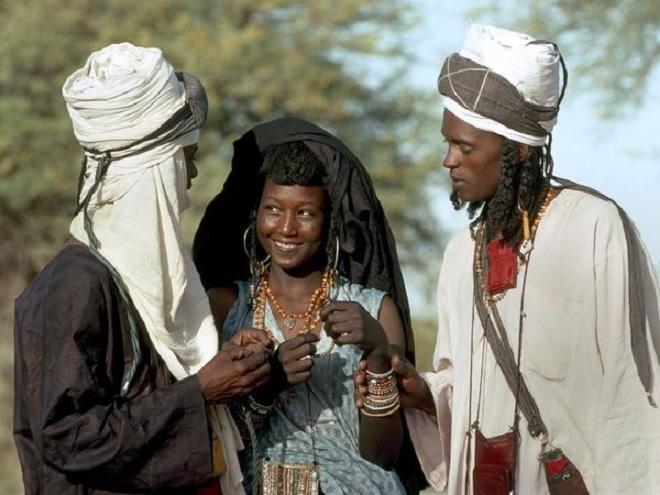 Tồn tại bộ lạc người phụ nữ được phép bỏ nhà theo trai nếu chán chồng
