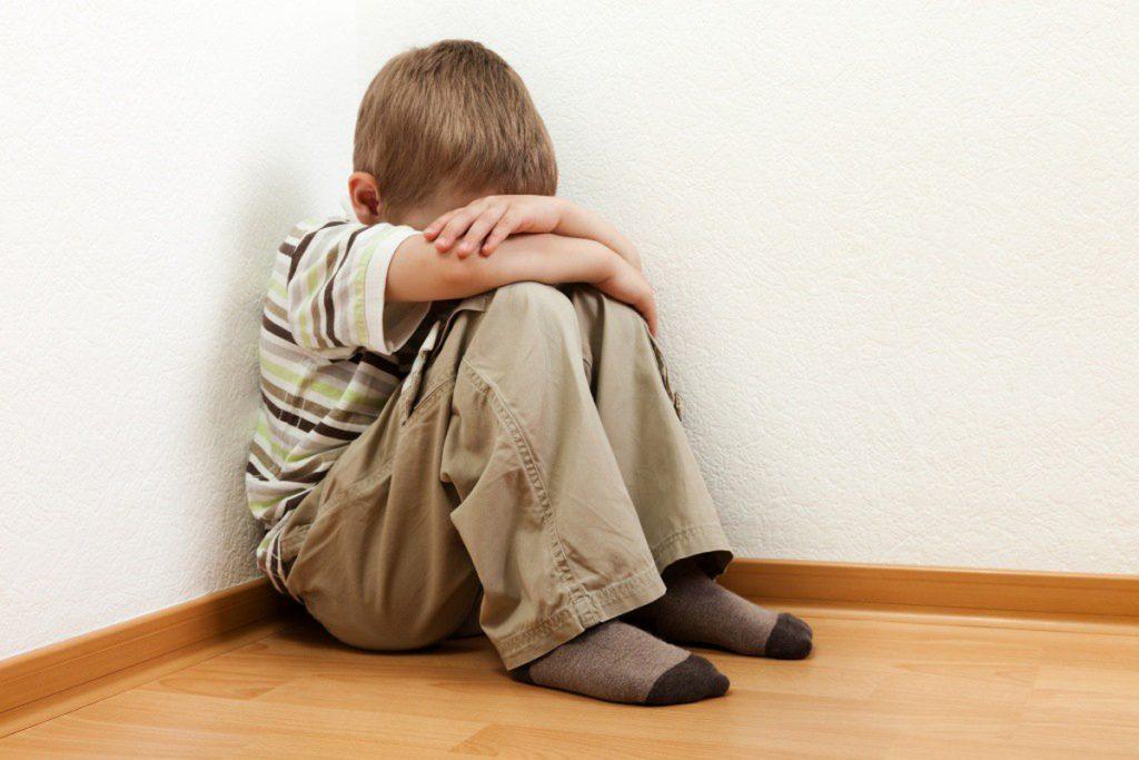 Nguy cơ mắc chứng tự kỷ của trẻ