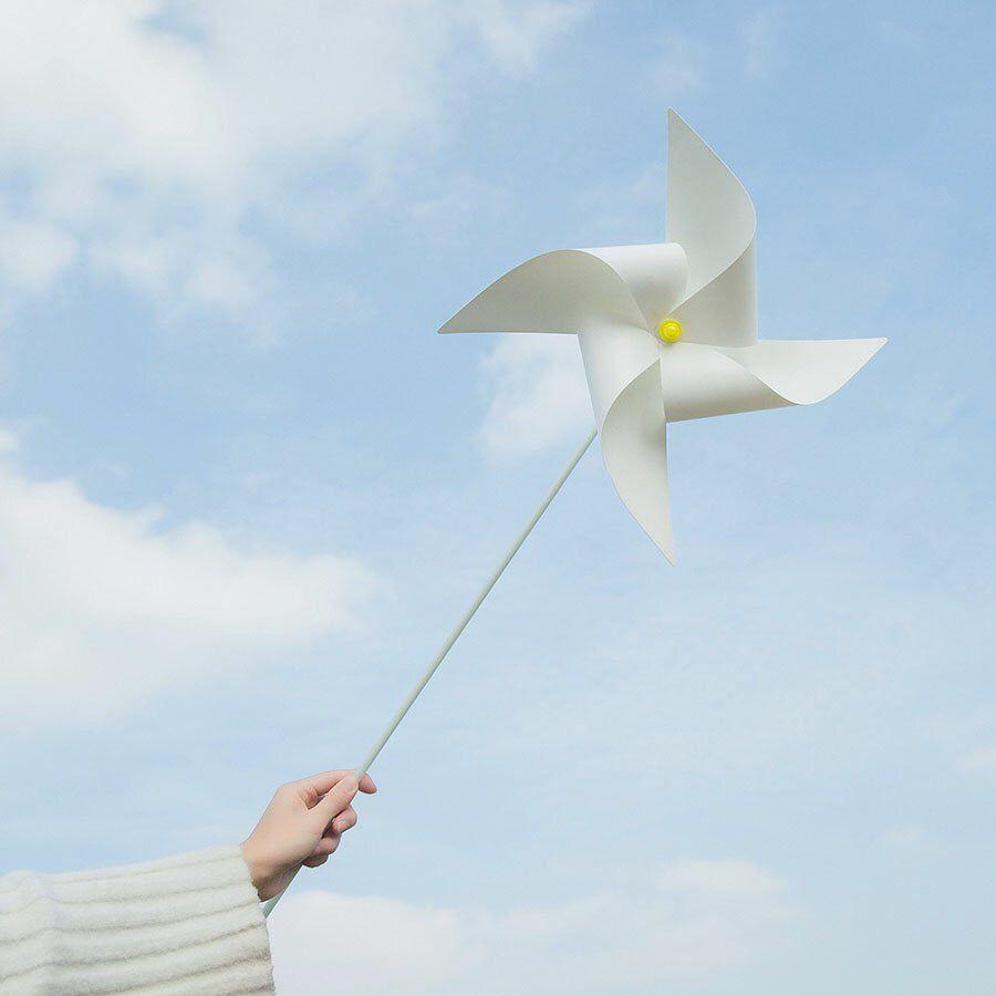 Hướng dẫn cách làm chong chóng gió từ chai nhựa bỏ đi siêu dễ