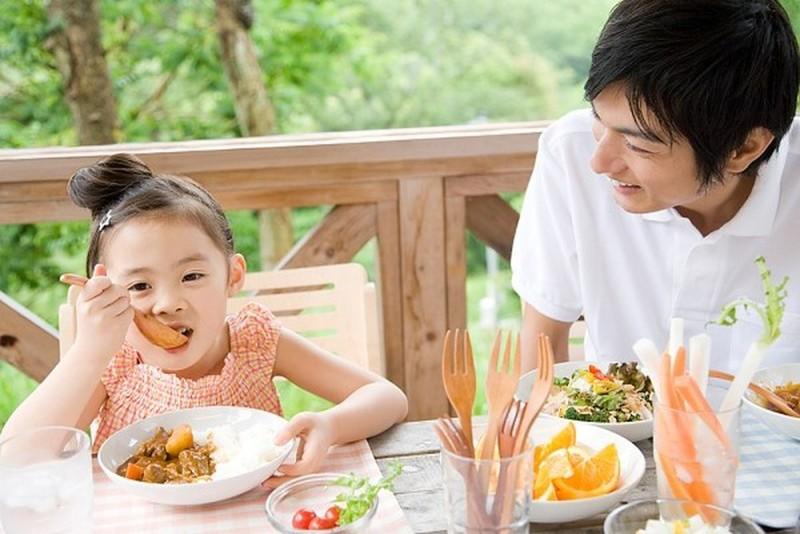 Chế độ dinh dưỡng cho trẻ tiểu đường mà cha mẹ cần biết