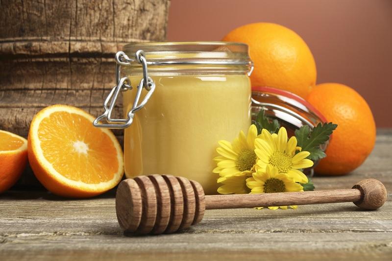 pha với mật ong hoặc nước ép trái cây