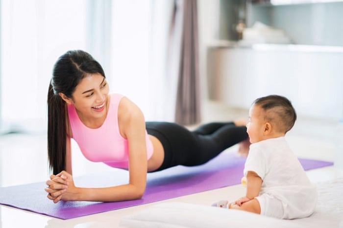 Giảm cân sau sinh mổ: Không khó nếu mẹ áp dụng ngay bí quyết sau!