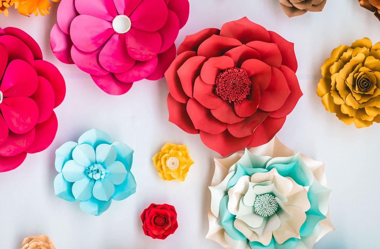 Hướng dẫn làm hoa bằng xốp trang trí cho các bé mầm non