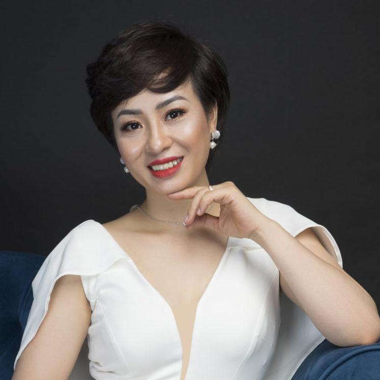 """Vera Hà Anh đã từng phải sống trong """"địa ngục"""" hôn nhân"""