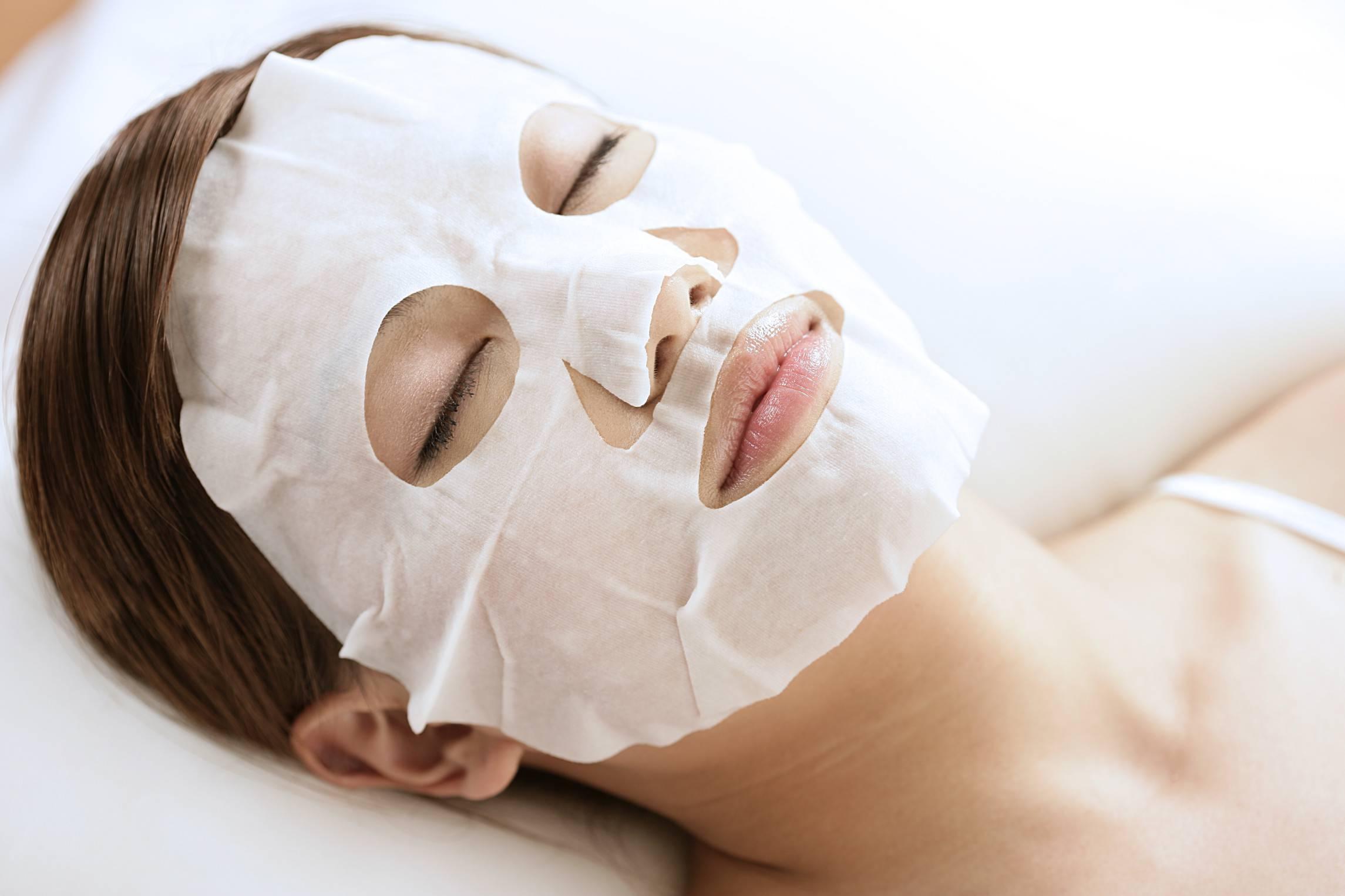 Top 5 loại mặt nạ giấy tốt nhất dành cho da dầu mụn năm 2021
