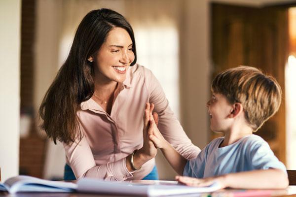 Những bài học cha mẹ nhất định phải dạy con trước tuổi trưởng thành