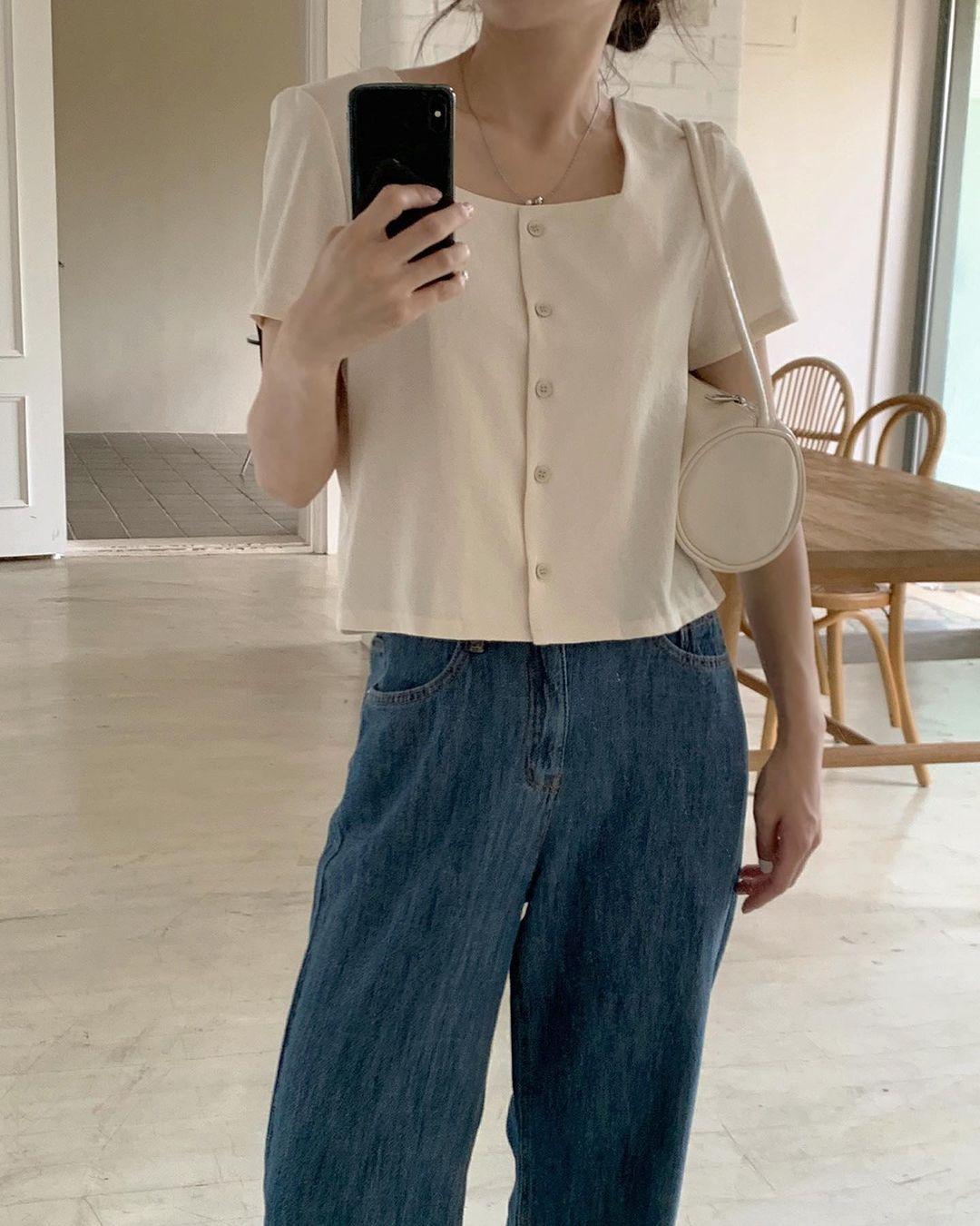 blouse cổ vuông