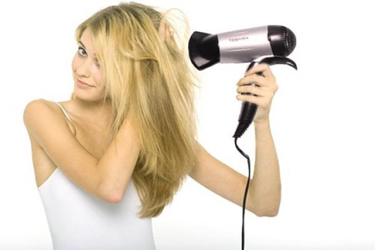 Rụng tóc sau sinh là gì? Nguyên nhân và cách khắc phục hình 3