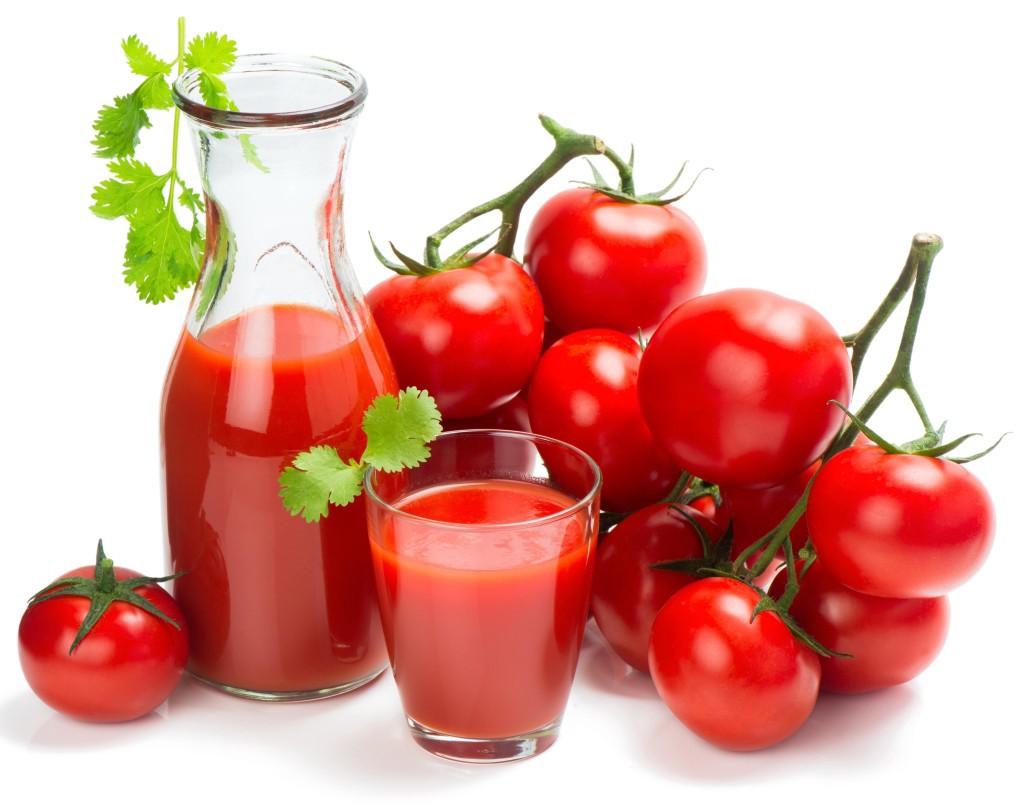 Tác dụng không ngờ của nước ép cà chua đối với sức khỏe và những lưu ý khi sử dụng