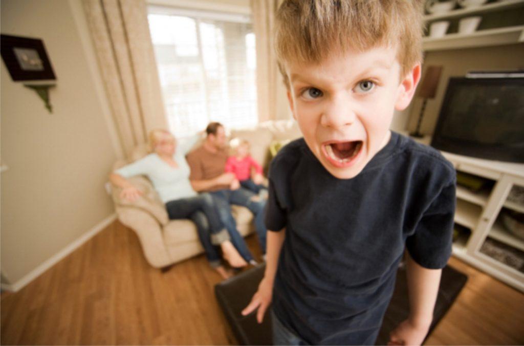 nổi giận ảnh hưởng đến bé