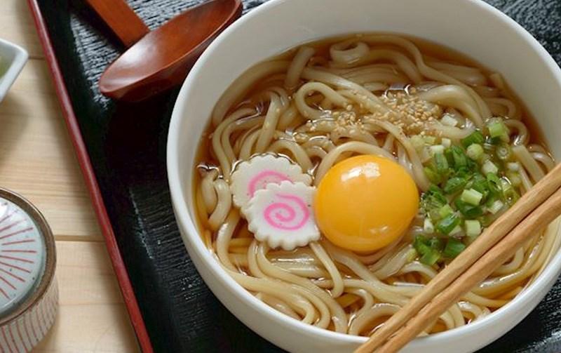 Tự nấu mì Udon chuẩn vị Nhật Bản tại nhà với 3 công thức đơn giản