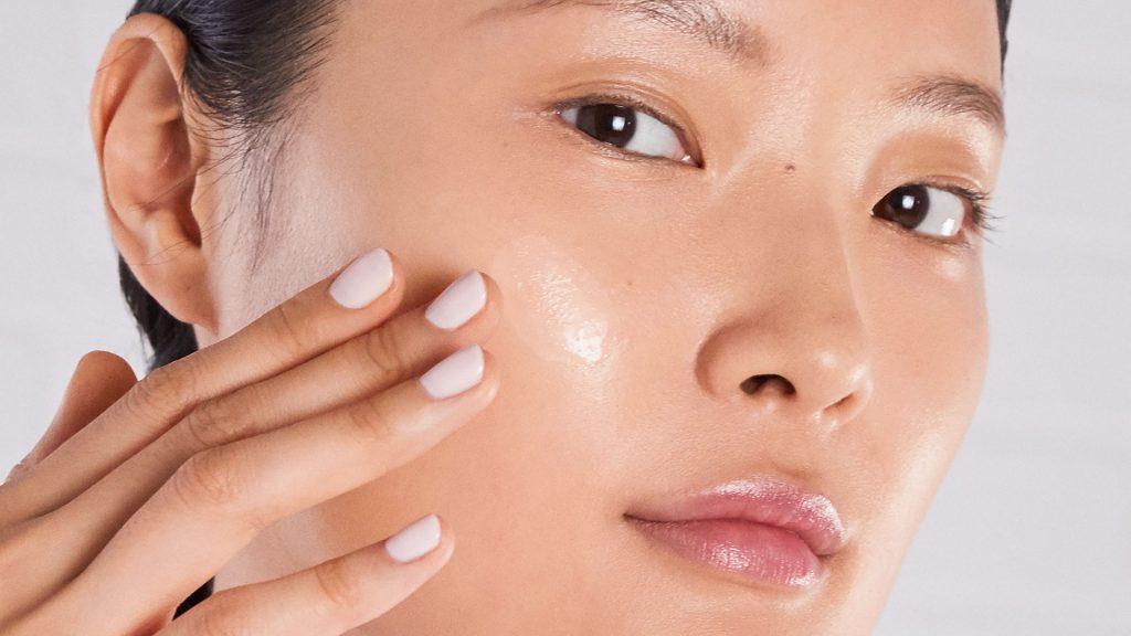 Vì sao da dầu dễ nổi mụn? hình 1