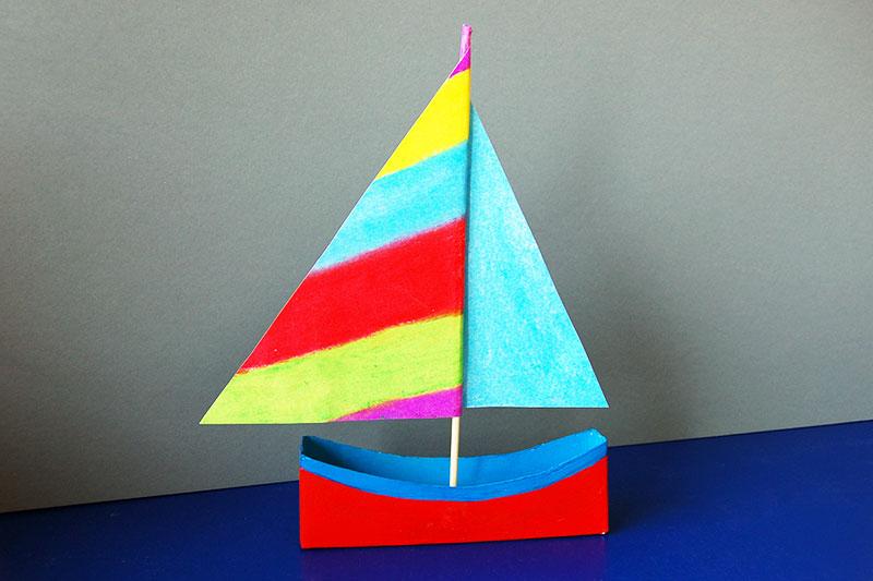 Bắt tay làm ngay cánh buồm tuổi thơ trên thuyền giấy xinh yêu cho bé