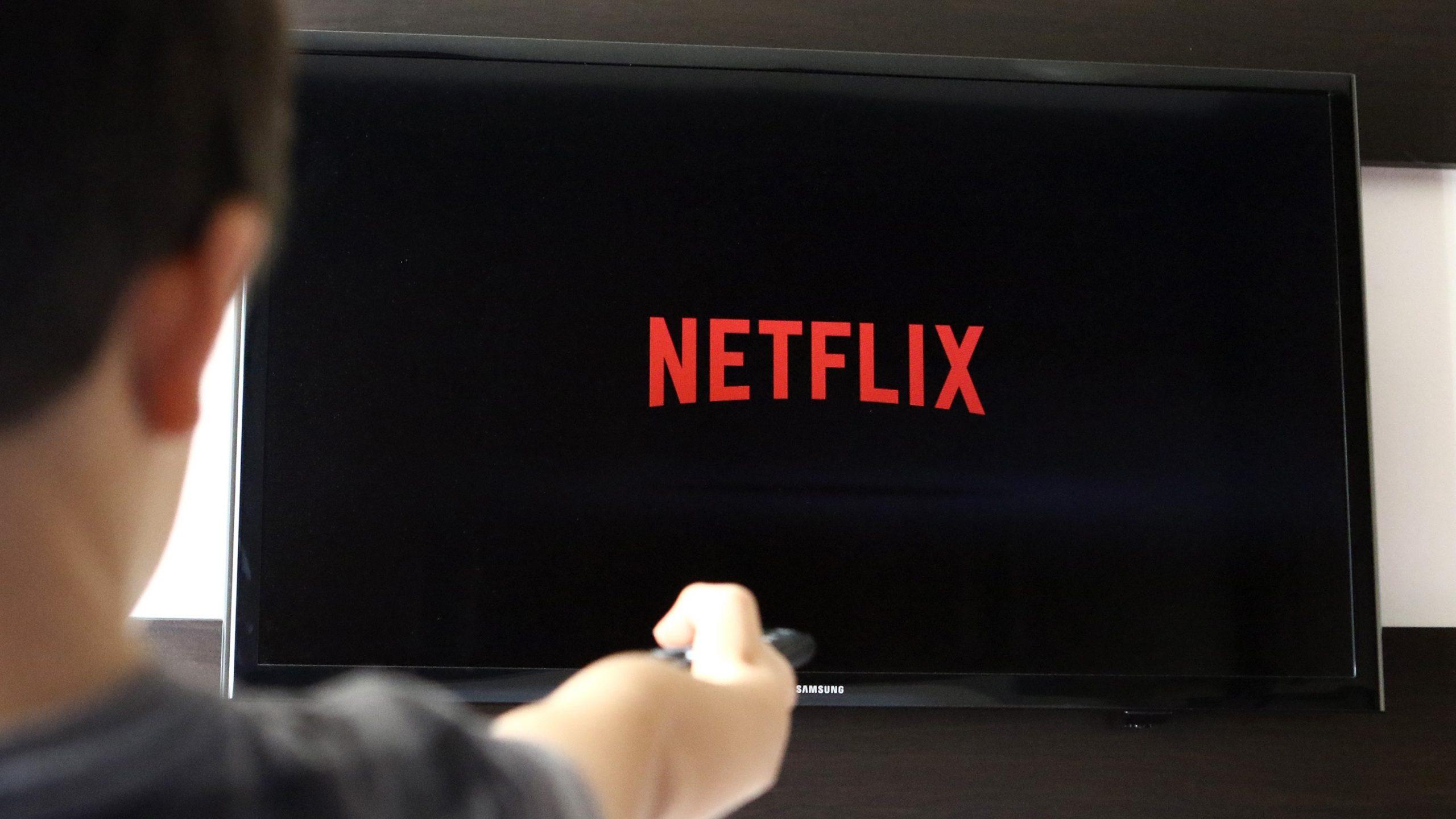 Cày xuyên mùa dịch với 7 series phim hay nhất trên Netflix