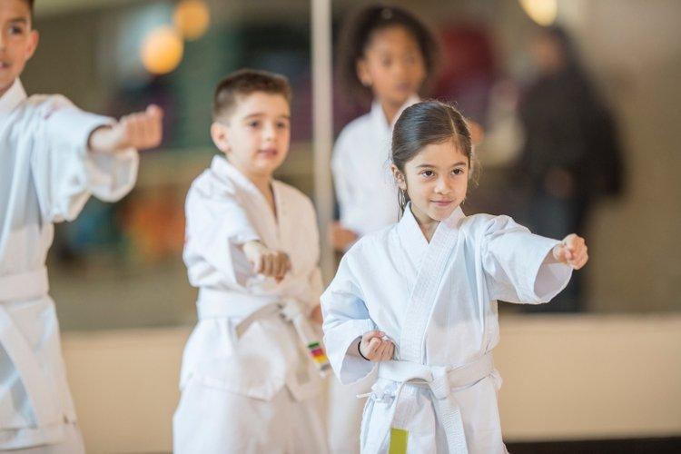 4 bài tập thể dục giúp cải thiện tâm trạng cho trẻ em cực hiệu quả