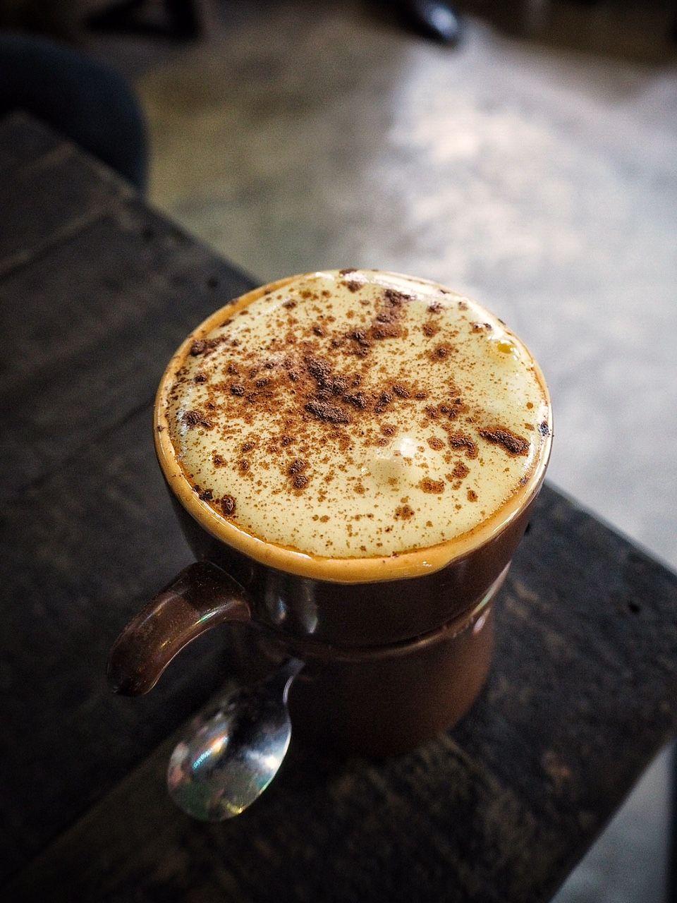 Cách pha chế cà phê ngay tại nhà: Cà phê trứng