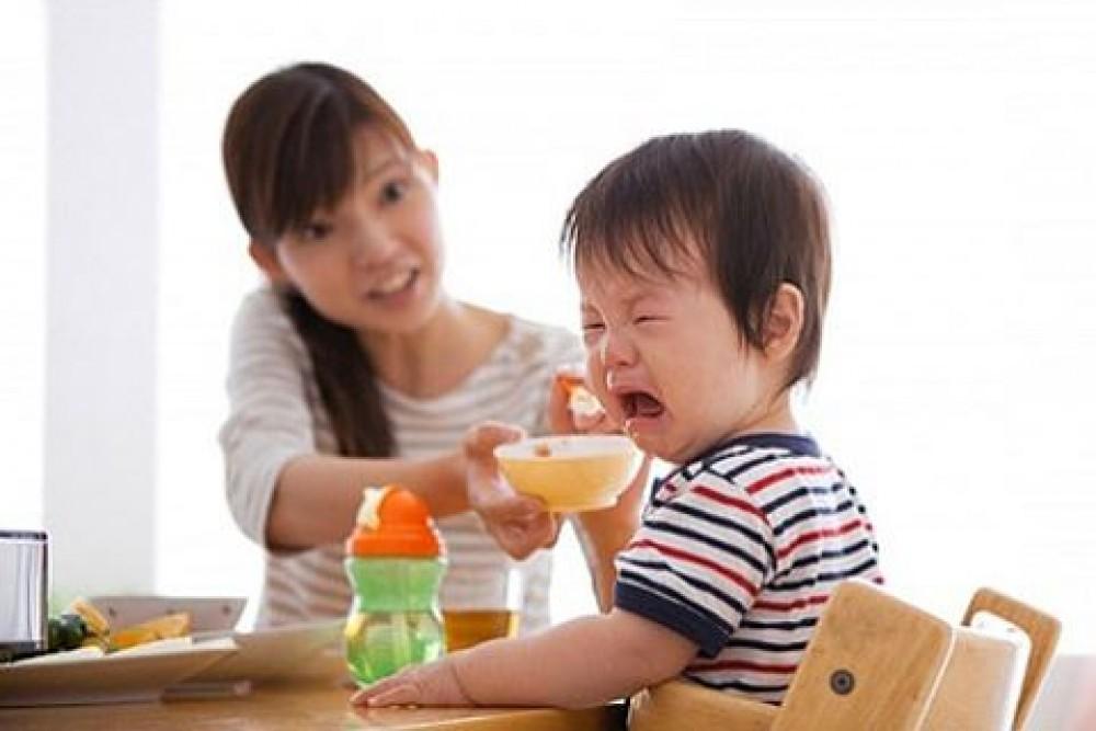 Học lỏm bà mẹ Nhật cách trị trẻ biếng ăn, biếng mấy cũng ngoan ngoãn chịu ăn