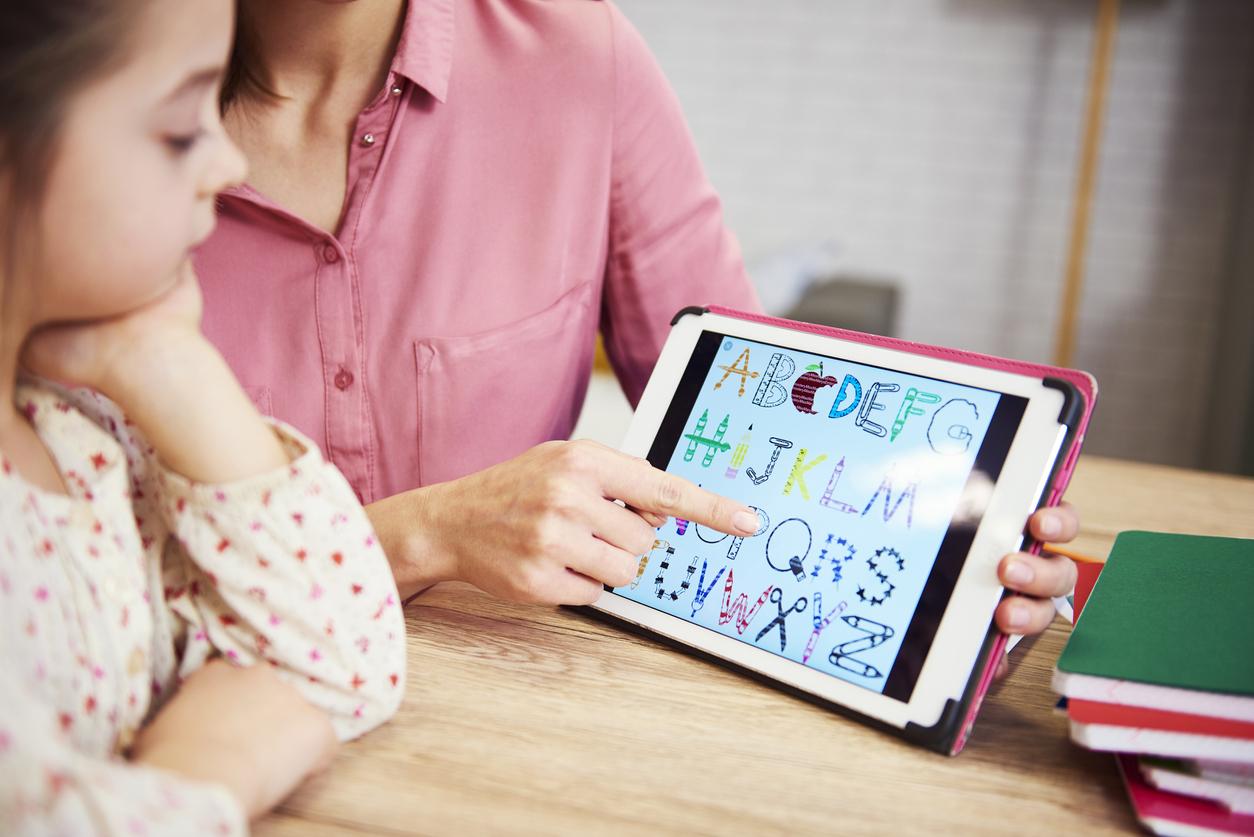 Ứng dụng học tiếng Anh cực dễ hiểu giúp bố mẹ cùng con học ngoại ngữ hiệu quả