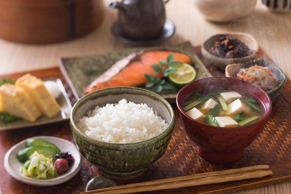 4 kiểu ăn thịt giúp người Nhật sống thọ, ít bệnh tật dù lười tập thể dục