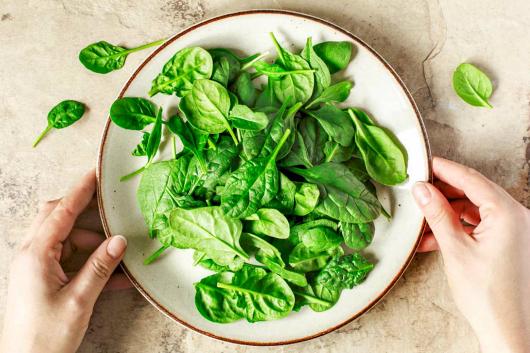 5 loại rau mẹ bầu cần nhớ kỹ, tránh ăn vì càng ăn càng độc